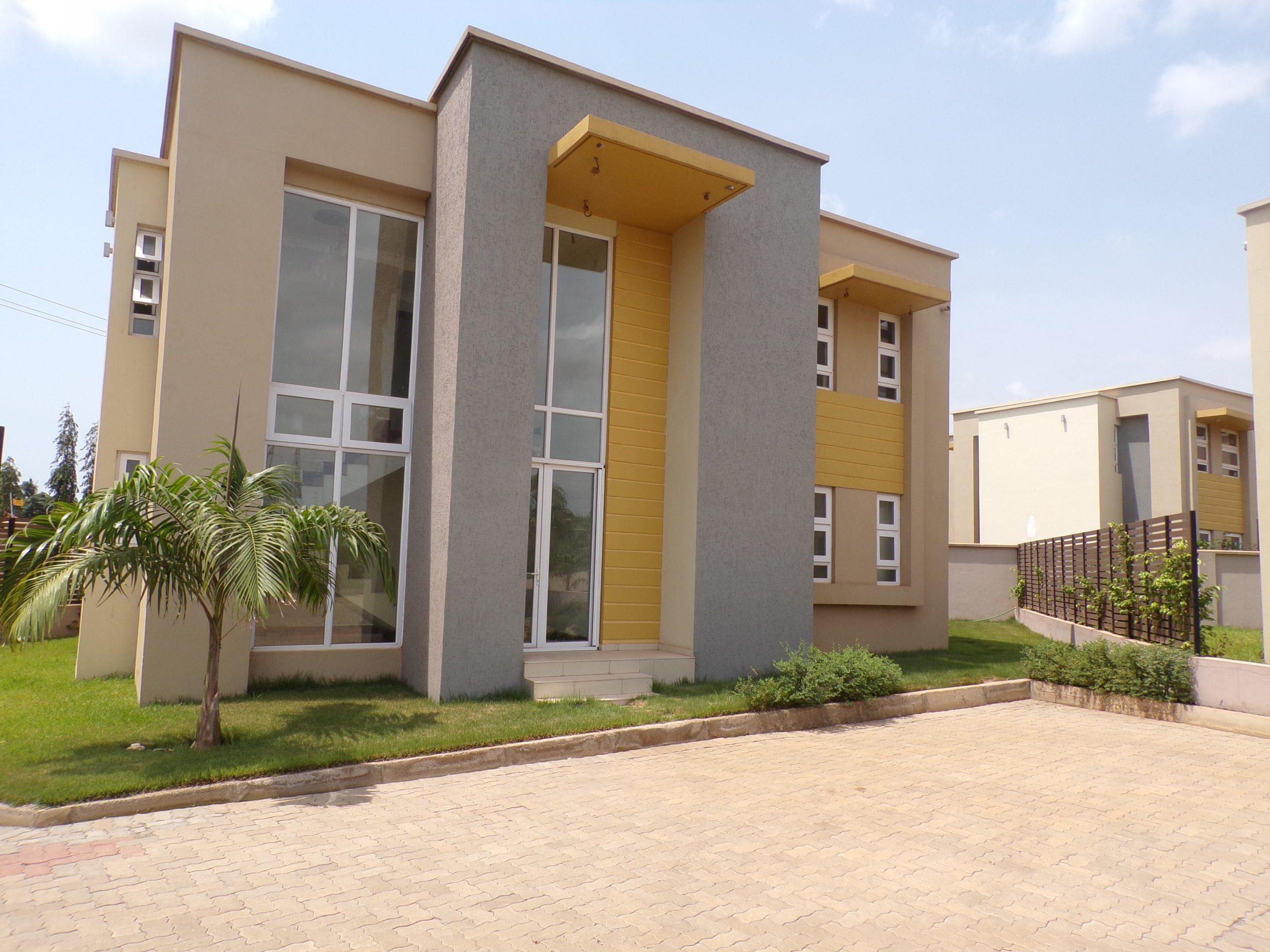 3 bedroom Townhouse for  in Adjiringanor