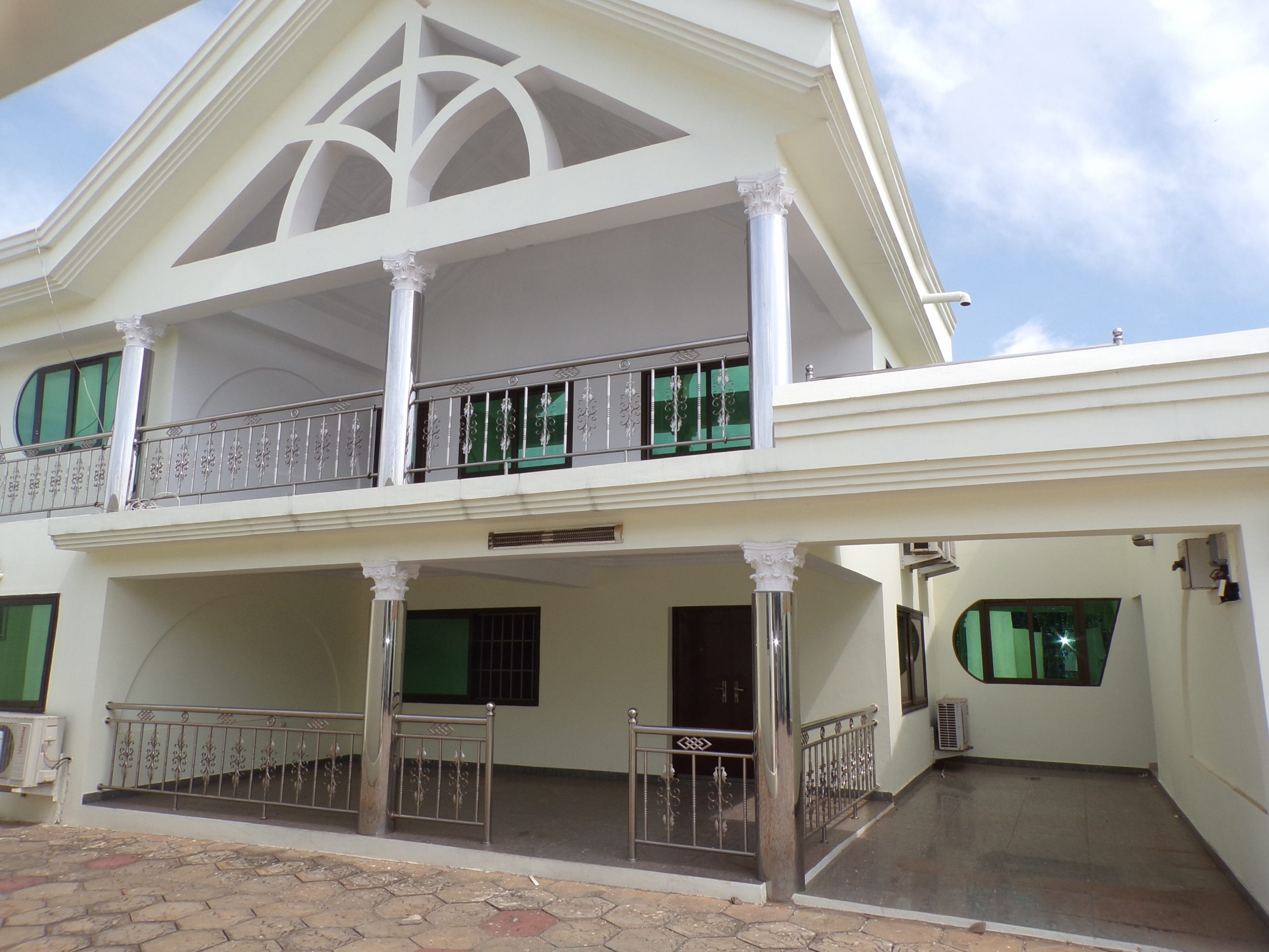 Office Space for Rent in Adjiringanor