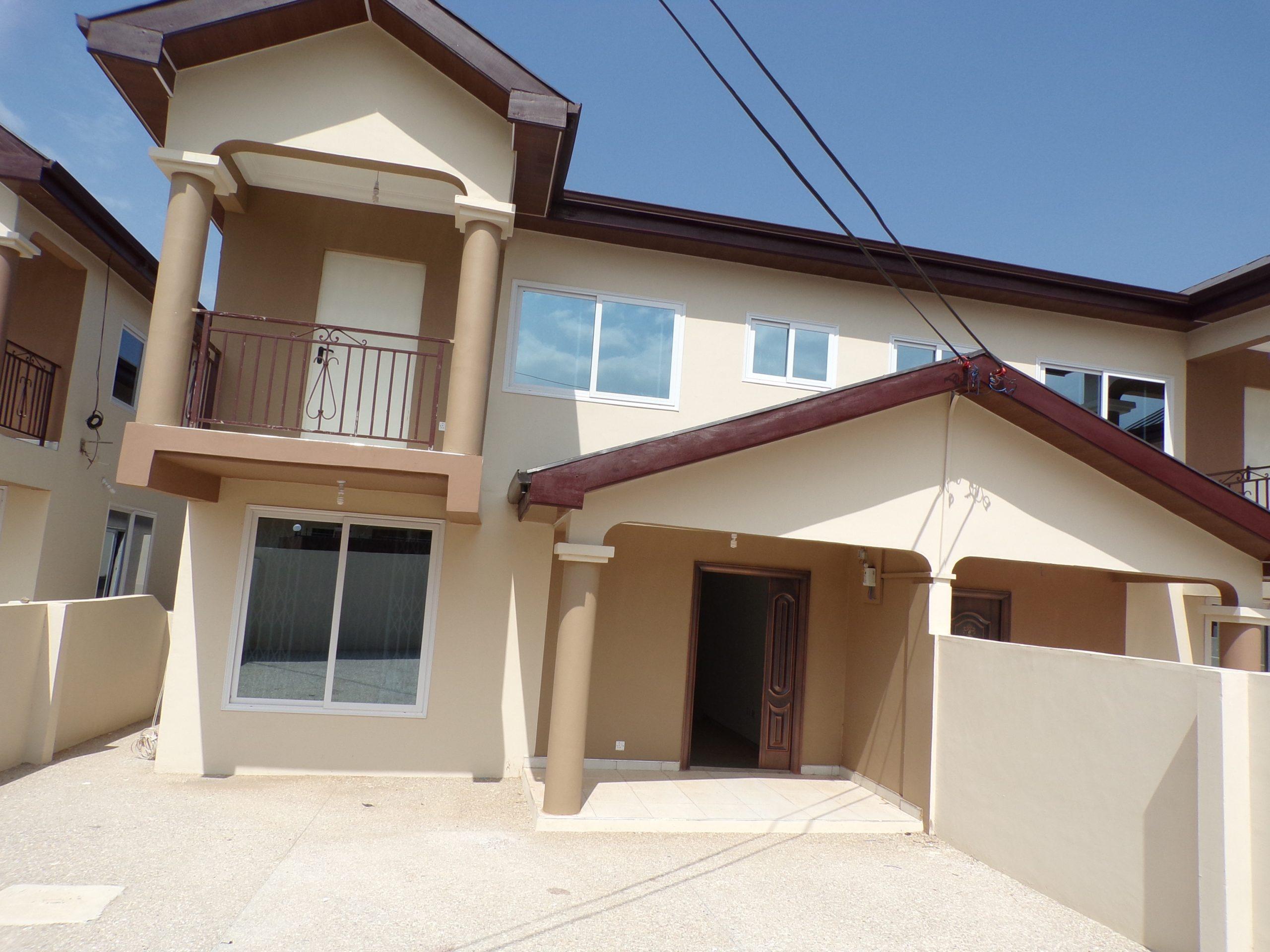 3 BEDROOM HOUSE FOR SALE AT ABOKOBI