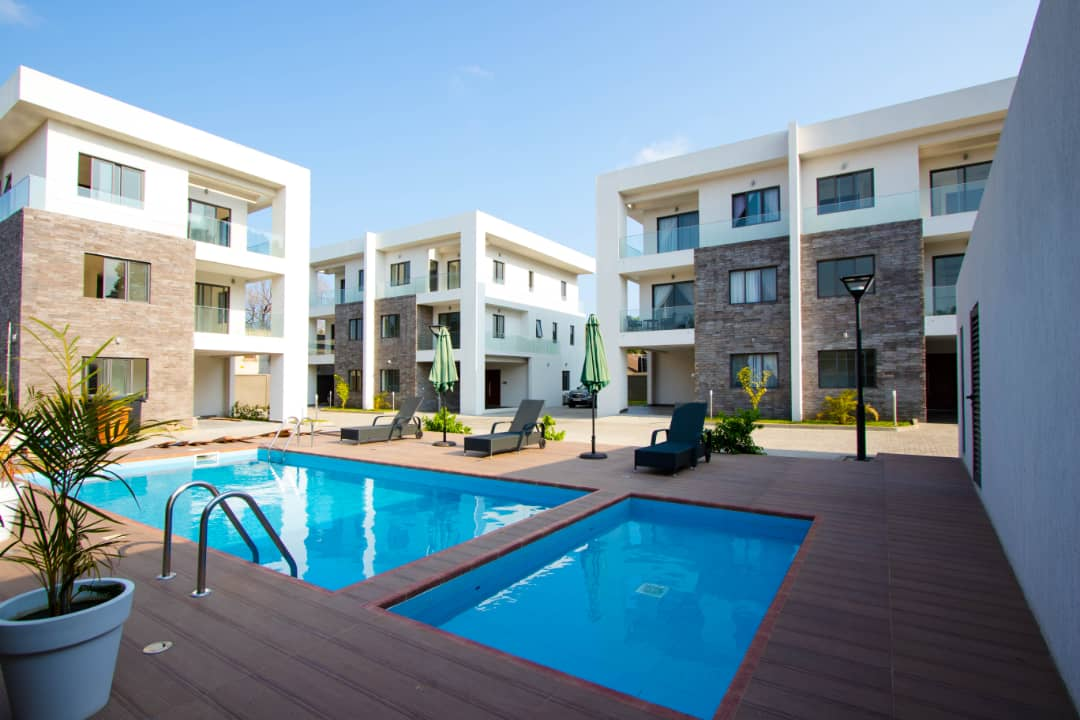 5 BEDROOM FURNISHED TOWNHOUSE FOR RENT AT AIRPORT RESIDENTIAL AREA