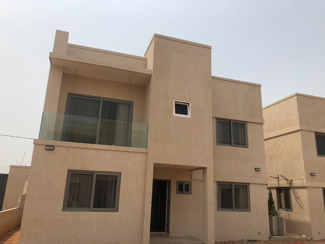 4 bedroom Townhouse for sale at Trasacco