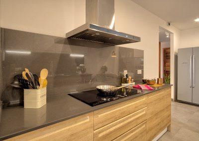 greenviews-residential-luxury-apartments-accra-kitchen-stoves-400x284