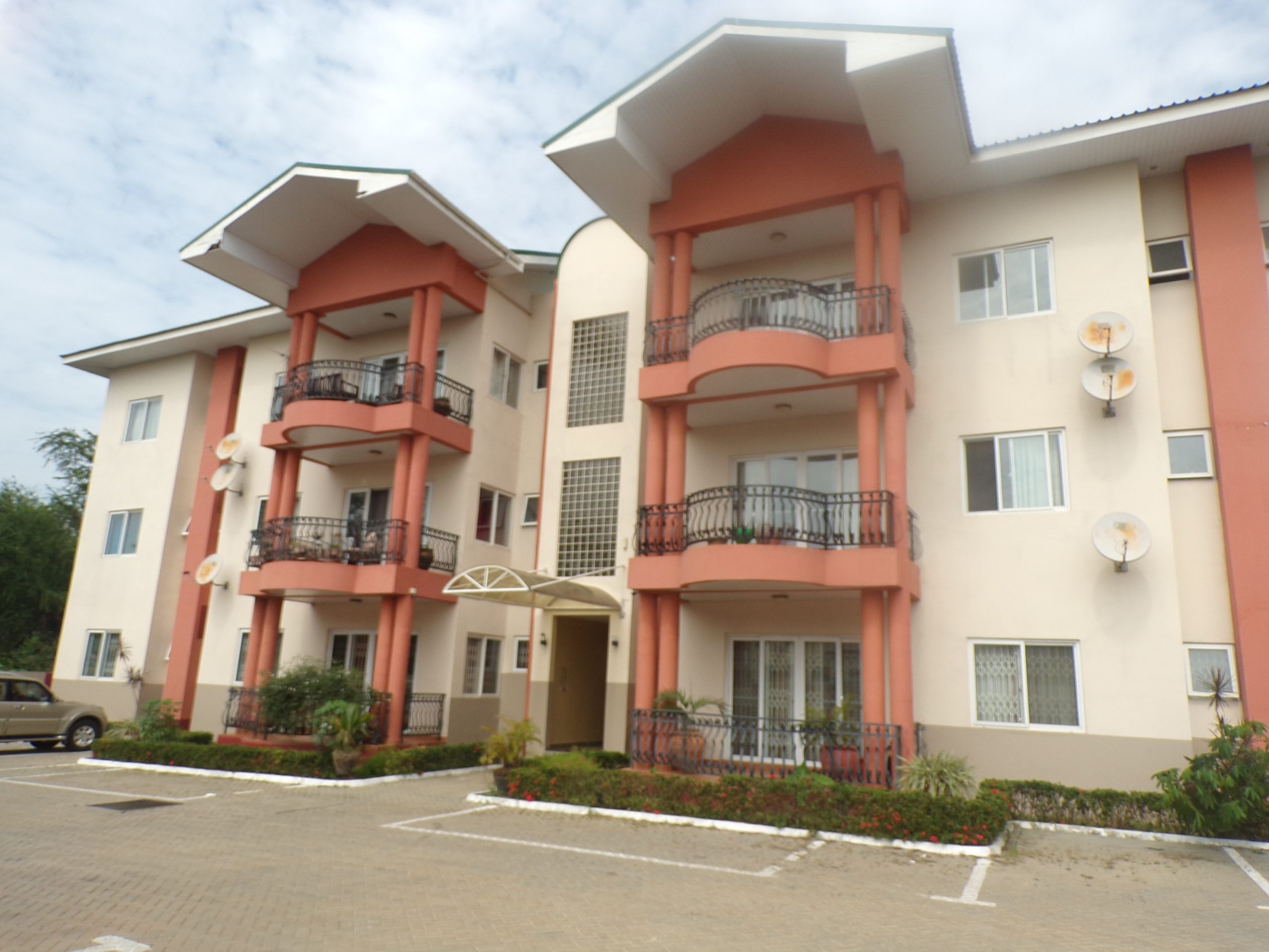 3 BEDROOM UNFURNISHED APARTMENT FOR RENT AT CANTONMENTS
