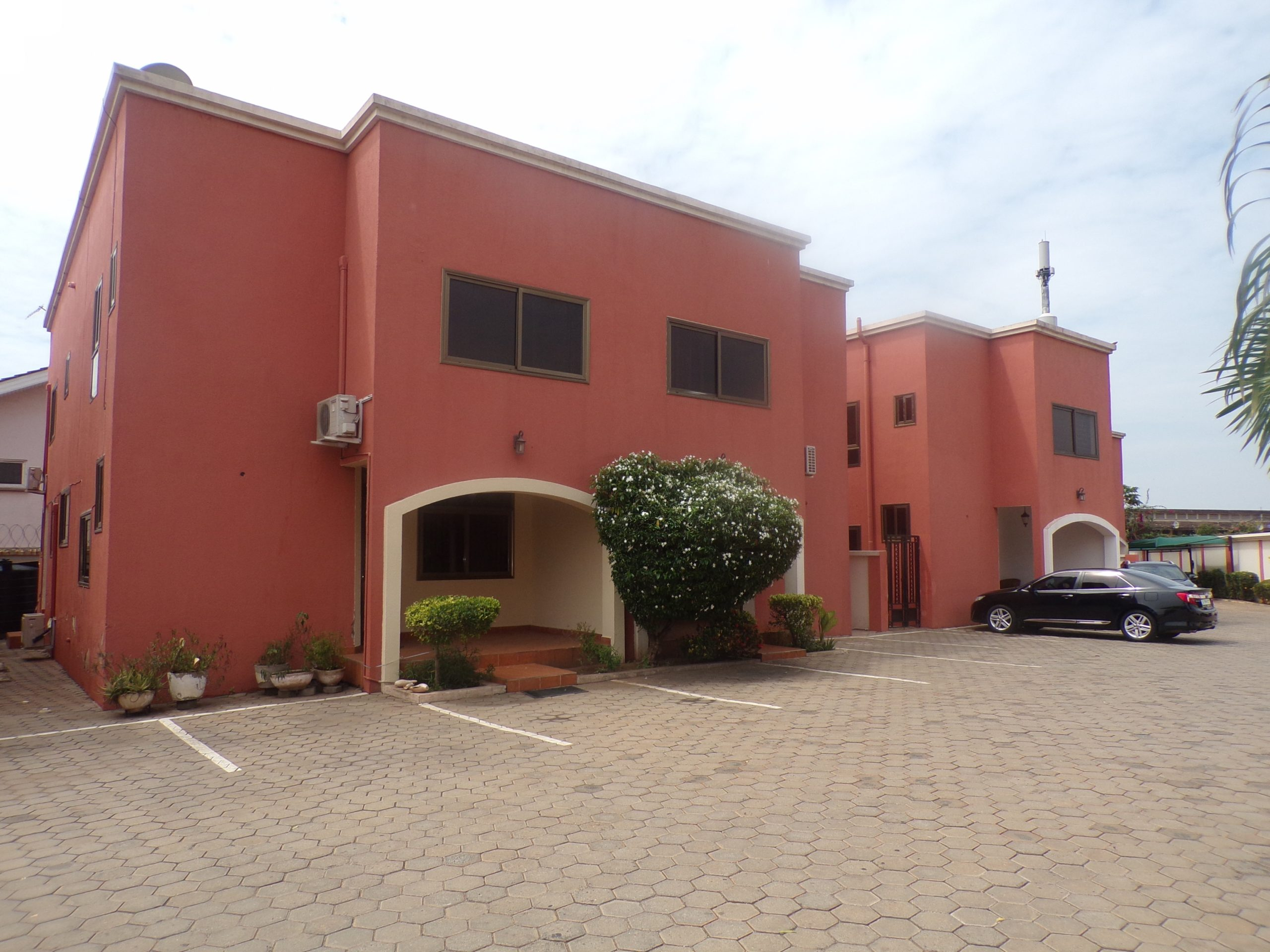 3 BEDROOM FURNISHED TOWNHOUSE FOR RENT AT CANTONMENTS