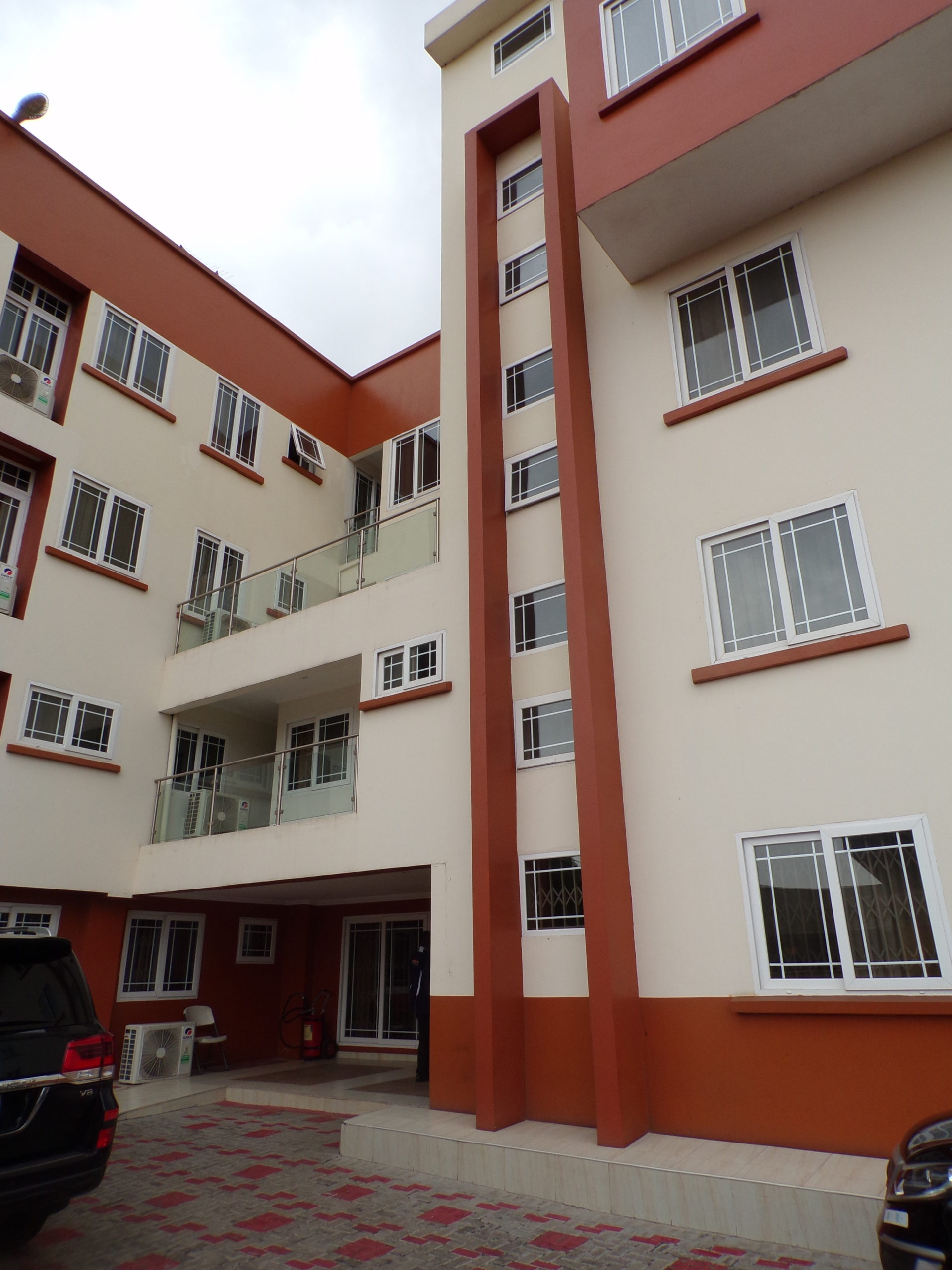 1 bedroom Short-Stay Apartment for Rent at Dzorwulu