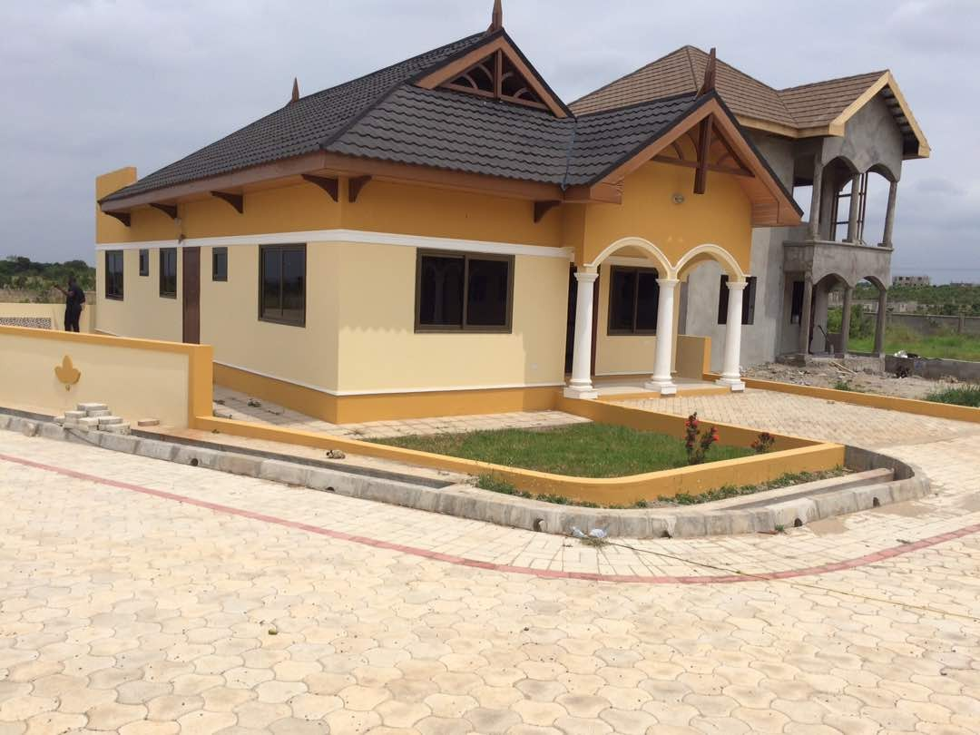 3 BEDROOM LUXURY HOUSE FOR SALE AT EAST LEGON HILLS