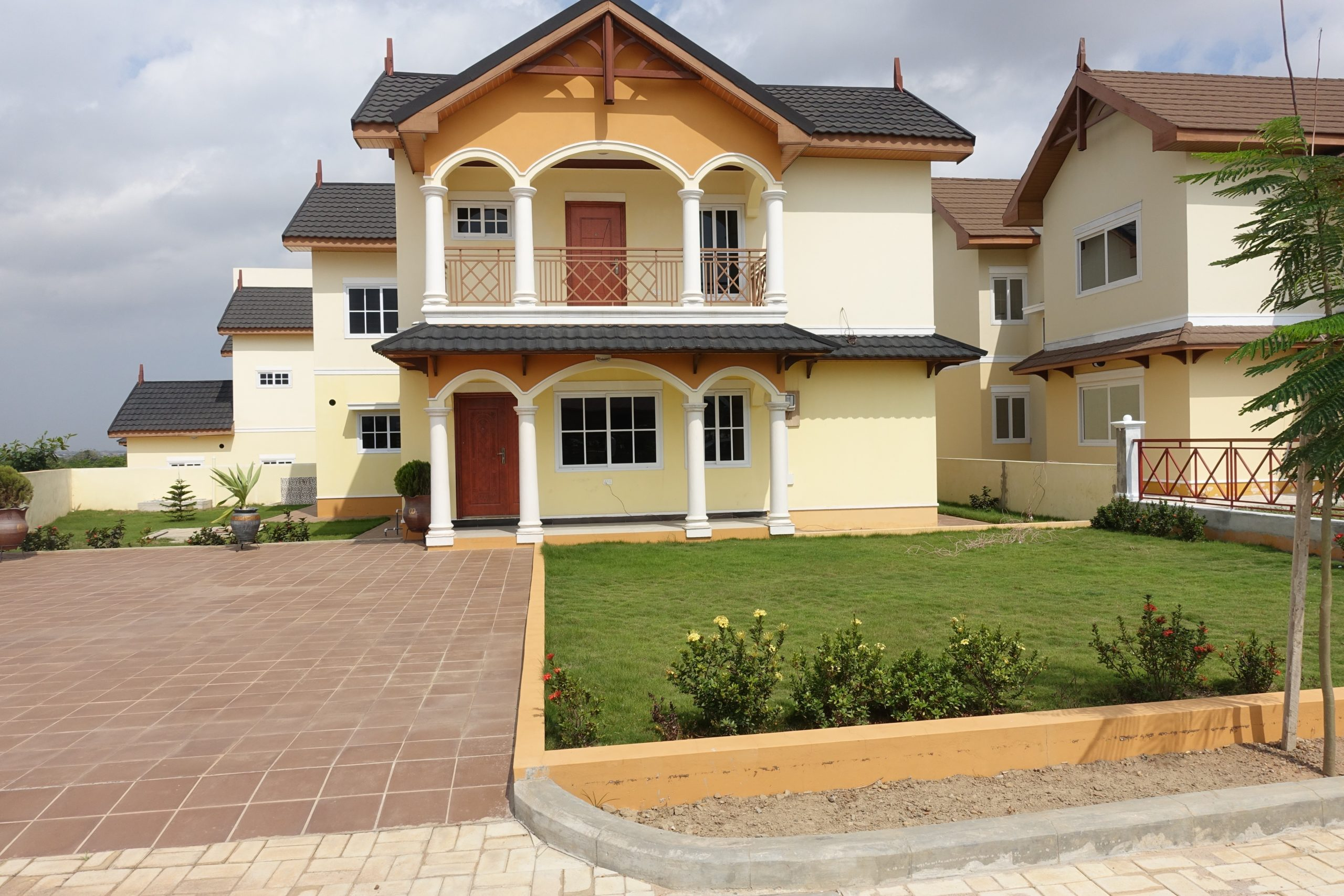 4 BEDROOM LUXURY HOUSE FOR RENT AT EAST LEGON HILLS