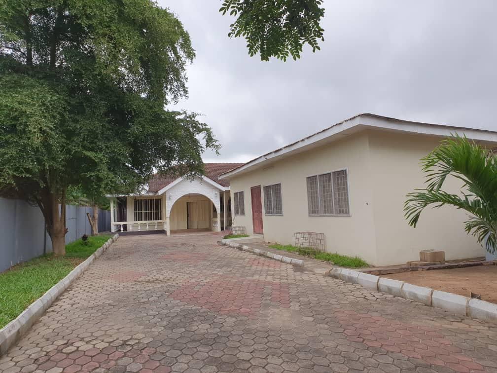 4 bedroom House for rent in East Legon.