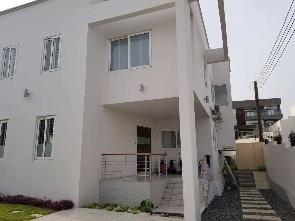 4 bedroom Luxury House for Sale at Dzorwulu