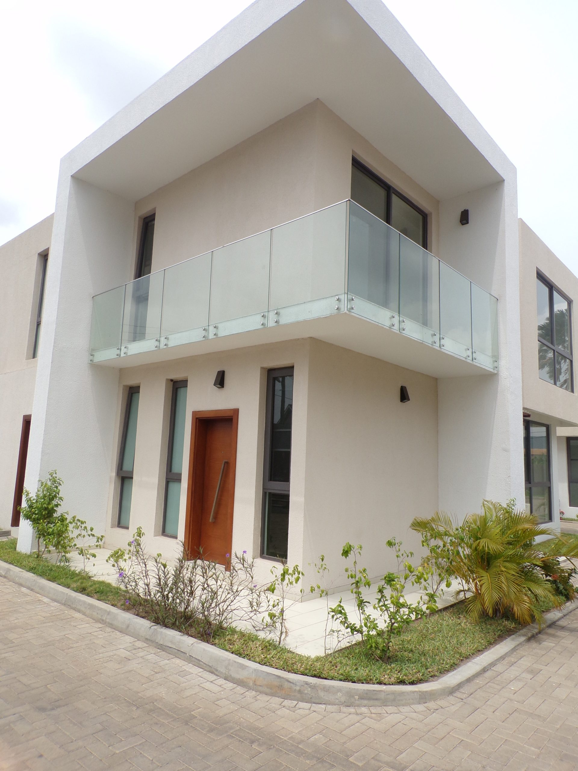 4 BEDROOM TOWNHOUSE FOR SALE AT ROMAN RIDGE