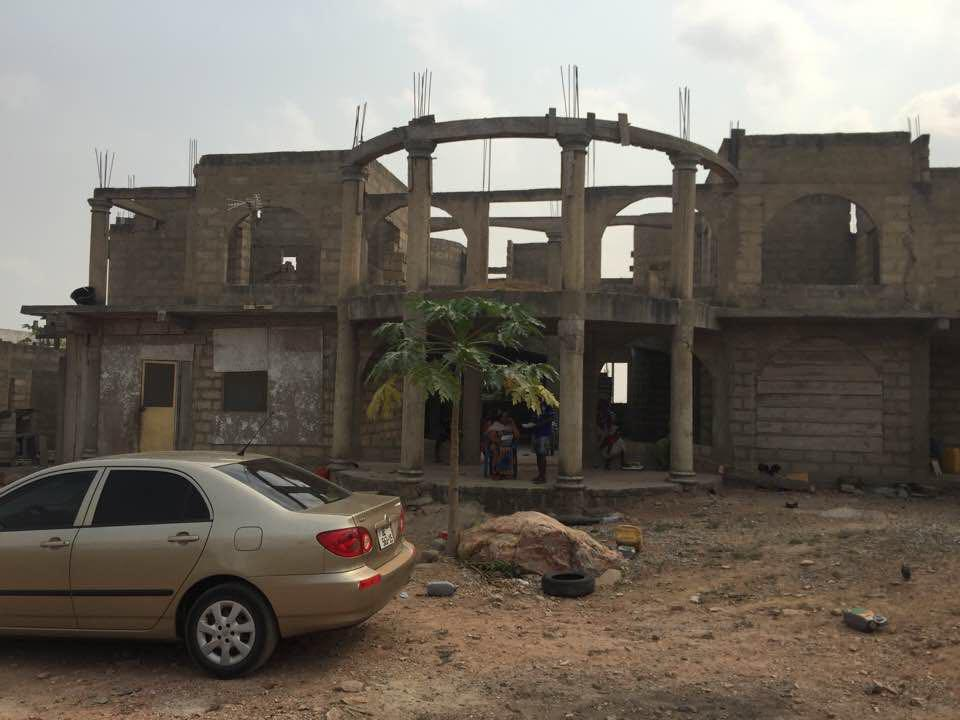 6 BEDROOM HOUSE FOR SALE AT WEIJA