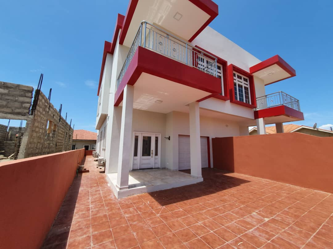3 BEDROOM SEMI-DETACHED HOUSE FOR SALE AT SPINTEX