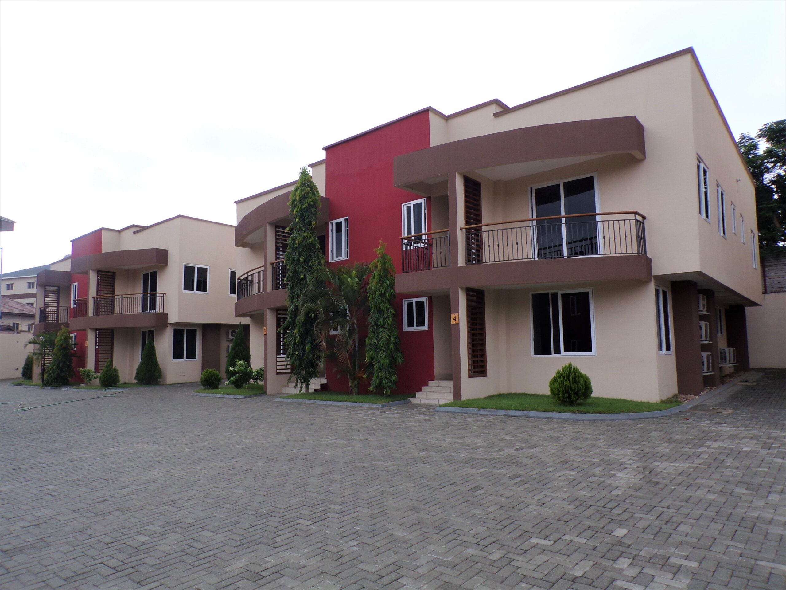 3 BEDROOM TOWNHOUSE FOR SALE AT CANTONMENTS