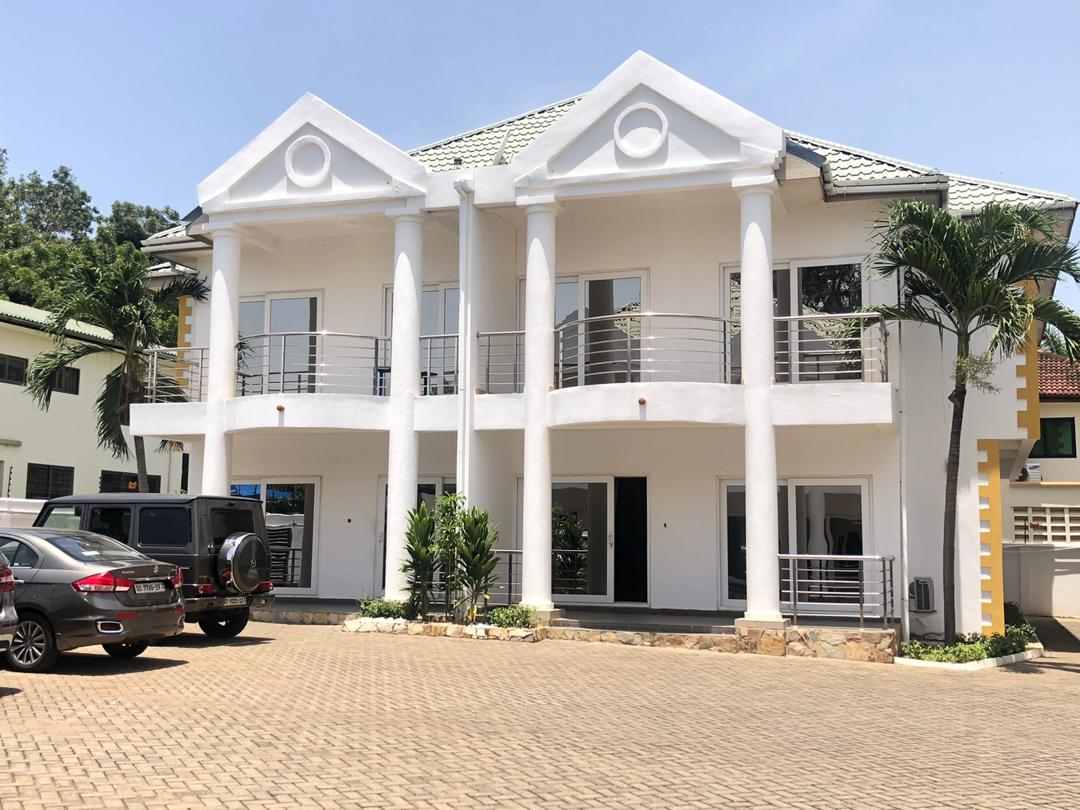 3 BEDROOM FURNISHED TOWNHOUSE FOR RENT AT AIRPORT RESIDENTIAL AREA
