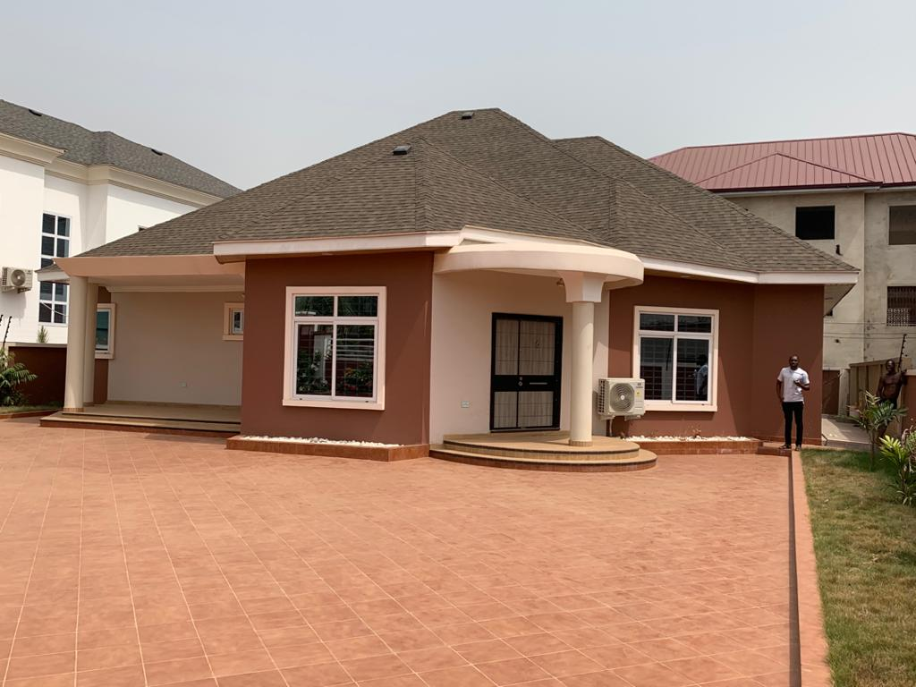 3 BEDROOM HOUSE FOR SALE AT EAST LEGON