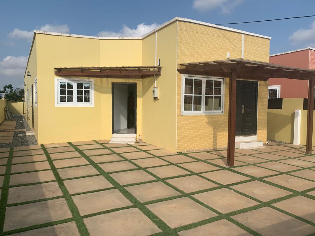 4 BEDROOM HOUSE FOR SALE AT ABOKOBI