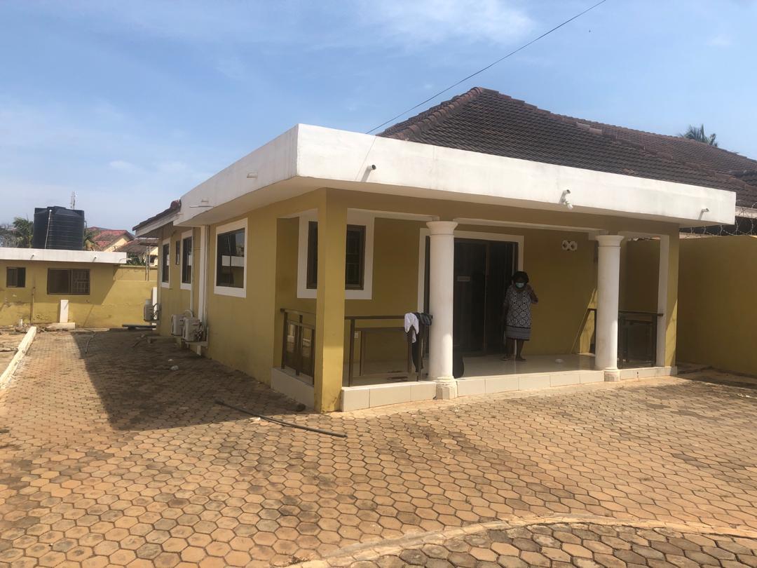3 BEDROOM UNFURNISHED HOUSE FOR RENT AT EAST LEGON