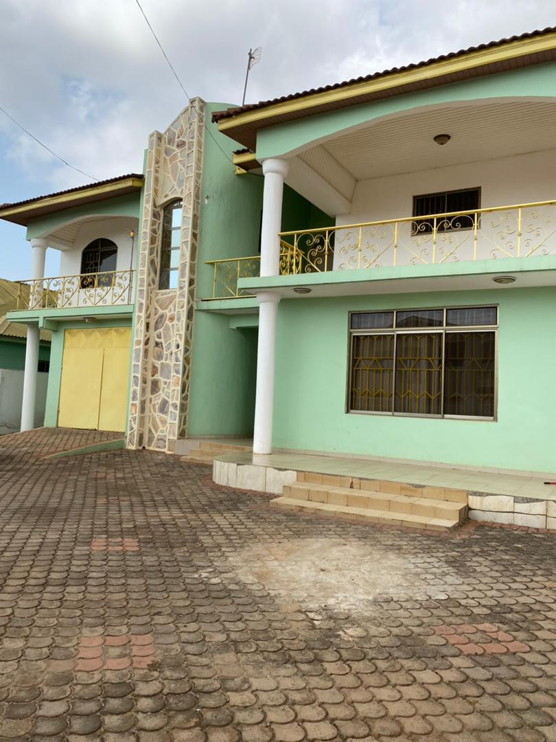 4 BEDROOM HOUSE FOR RENT AT SAKUMONO