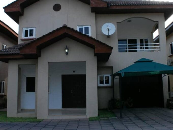 3 BEDROOM HOUSE FOR SALE AT AIRPORT RESIDENTIAL AREA