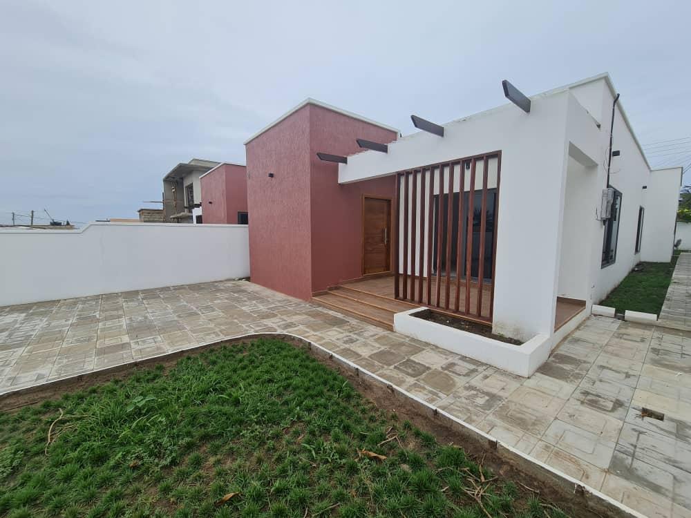 3 BEDROOM HOUSE FOR SALE AT SAKUMONO
