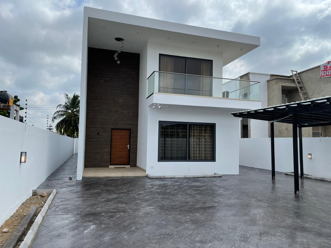 5 BEDROOM HOUSE FOR SALE AT SPINTEX, COMMUNITY 18