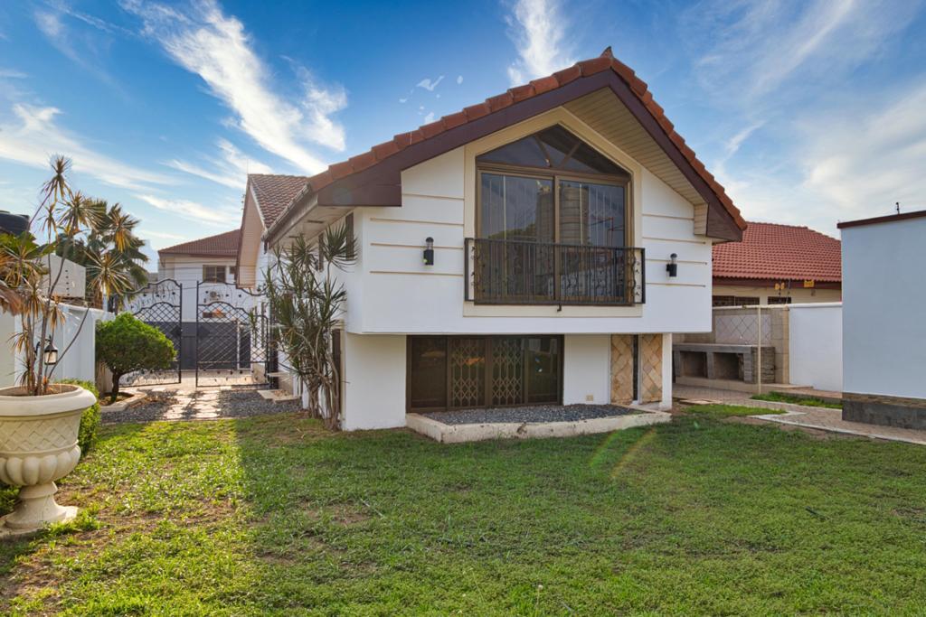 3 BEDROOM HOUSE FOR SALE AT EAST LEGON, ADJIRINGANOR