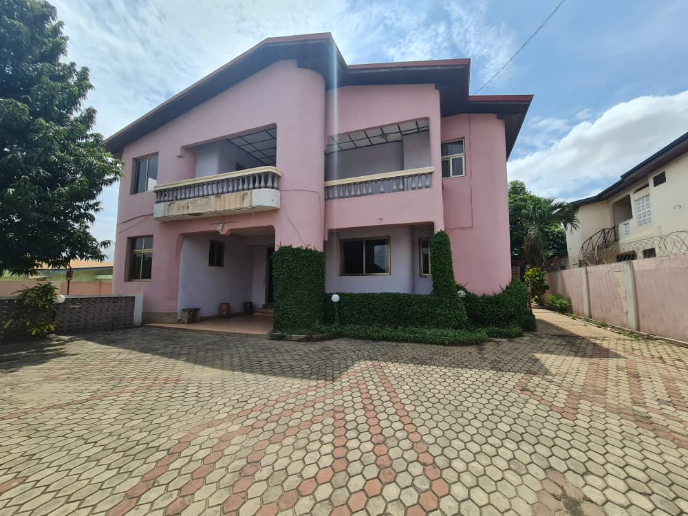 10 BEDROOM SPACE FOR SALE AT EAST LEGON